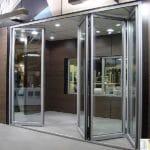 Алюминиевые раздвижные окна гармошка