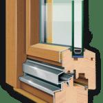 деревянные окна балкона